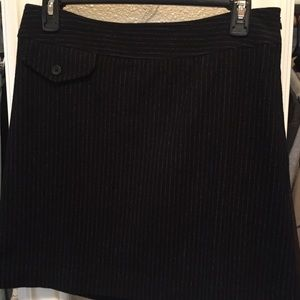 Banana Republic black pin stripped skirt size 4